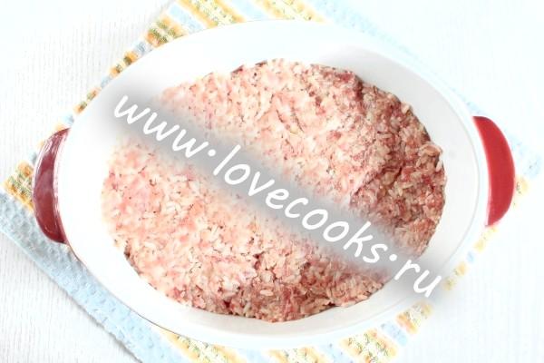 Фарш з рисом у формі