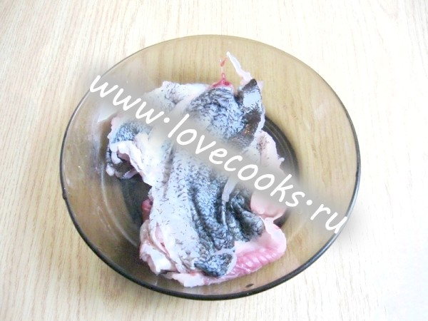Фарширована риба запечена в духовці