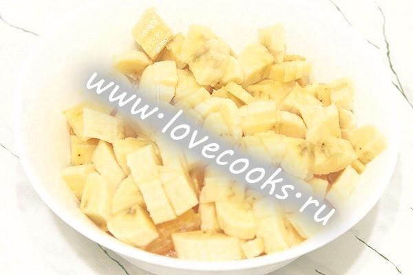 Фруктовий салат з хурми і апельсина