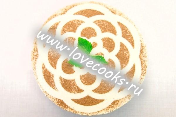 Фото макового торта зі сметаною