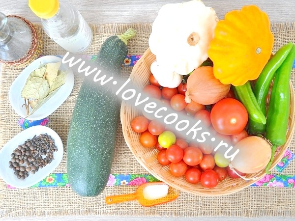 Інгредієнти для маринування асорті на зиму