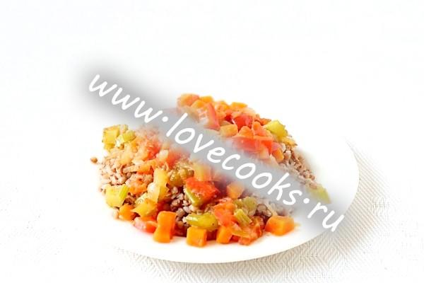 Овочі тушковані для гречи