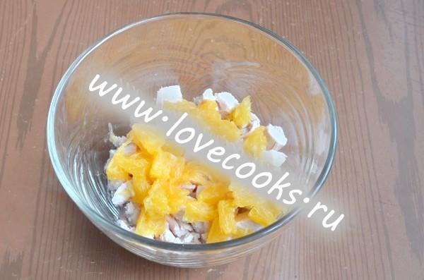 Салат з апельсинами і куркою