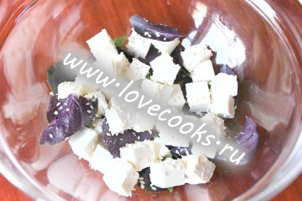 Салат з фетою і кавуном