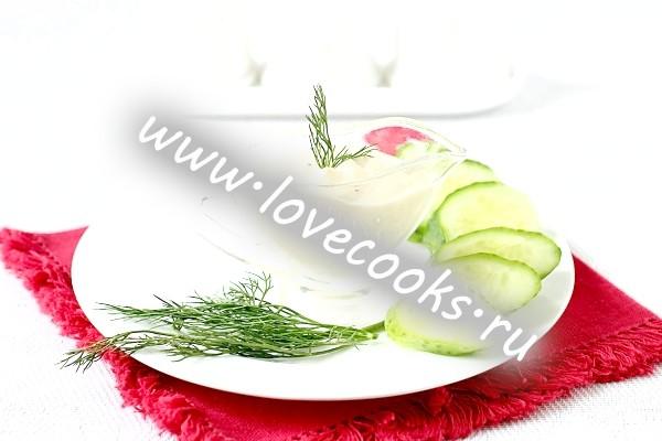 Рецепт соусу для салату Цезар на йогурті