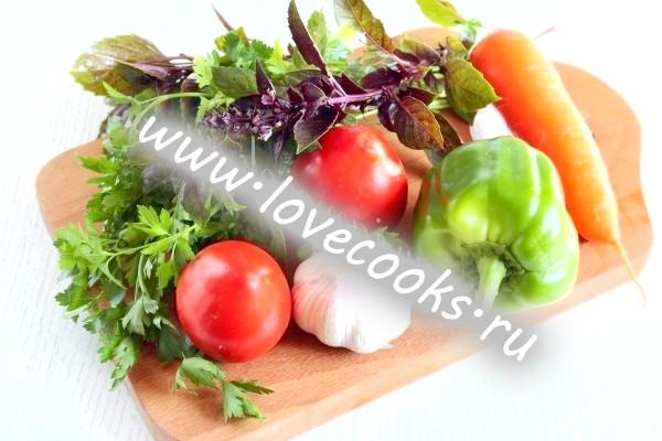 Інгредієнти для соусу сацебелі на зиму